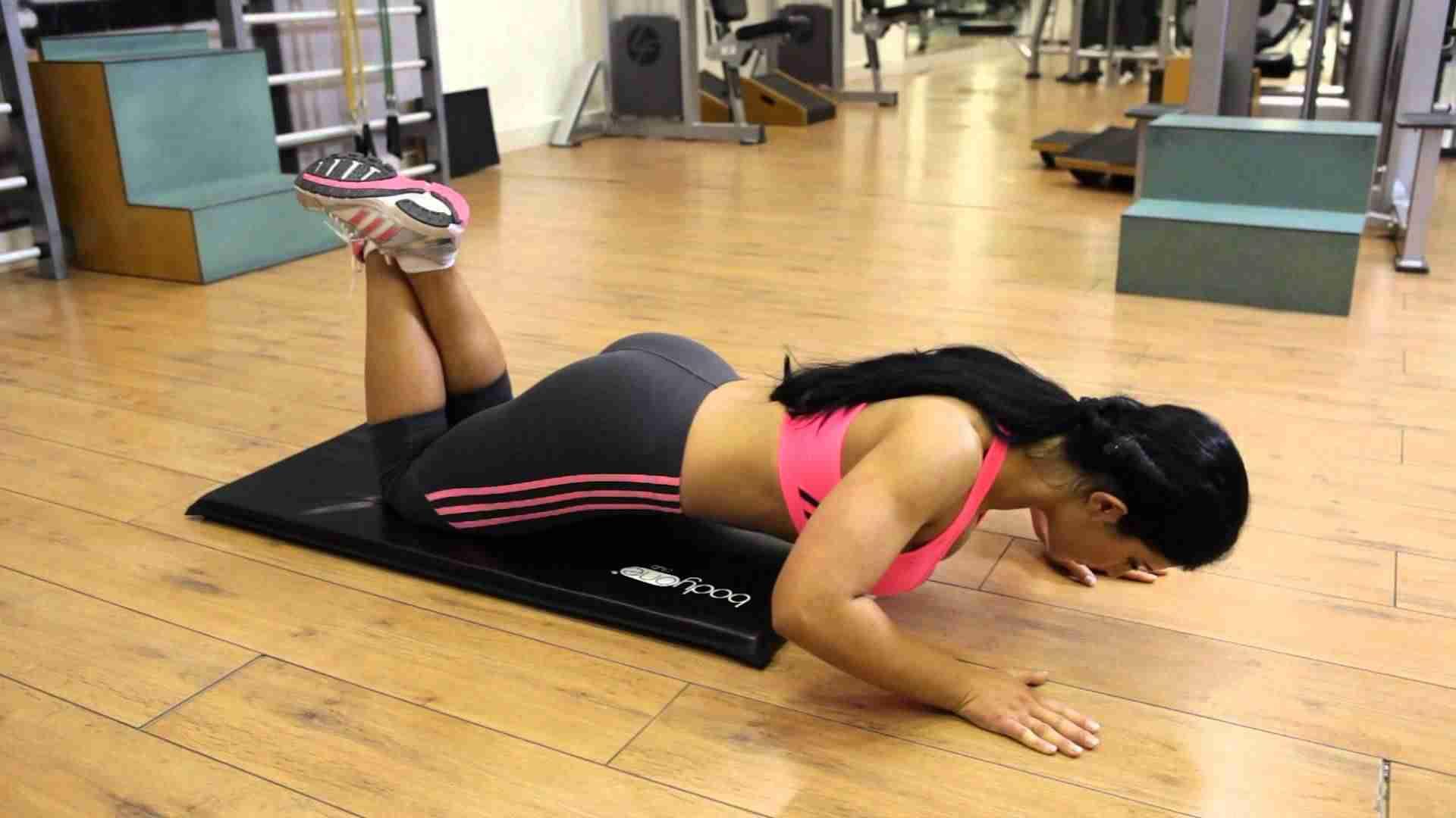 flexao com seis apoios treino funcional