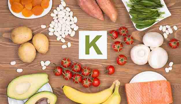 Vitamina K: Veja para que ela serve e em quais alimentos é encontrada
